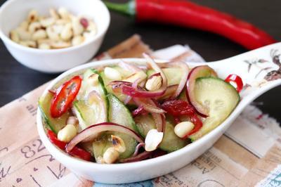 Тайский салат из огурцов Ям Тэн - пошаговый рецепт приготовления с фото