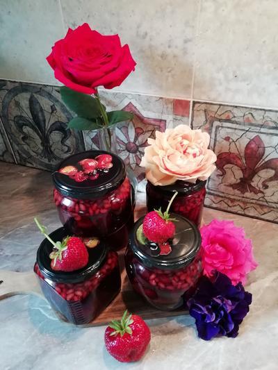 Клубничное варенье с кедровыми орехами, базиликом и мятой. Пошаговый рецепт с фотографиями