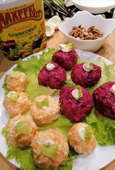 Вкусные новогодние шарики, или Необычная селедка под шубой - пошаговый рецепт приготовления с фото
