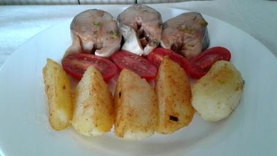 Скумбрия, маринованная в овощах. Рецепт приготовления фото