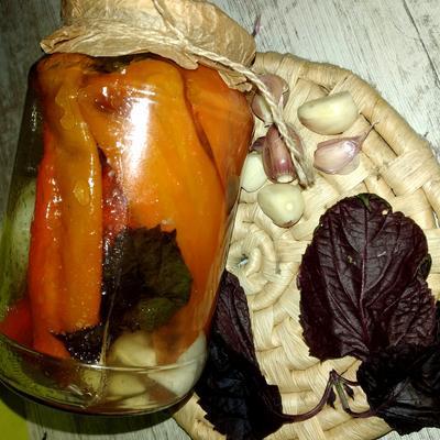 Жареный перец с чесноком на зиму. Рецепт приготовления без стерилизации с фото