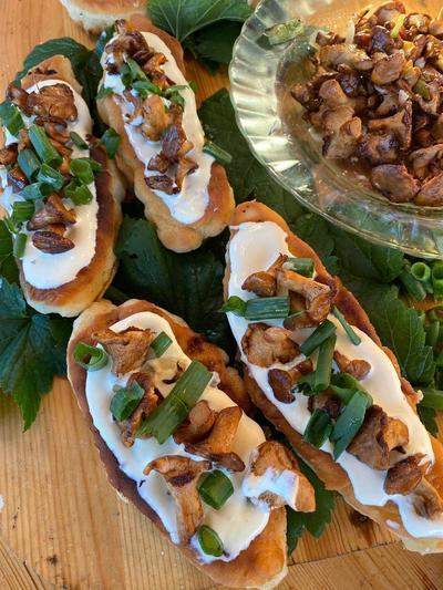 Жареные пирожки с картофелем и лисичками. Пошаговый рецепт с фото
