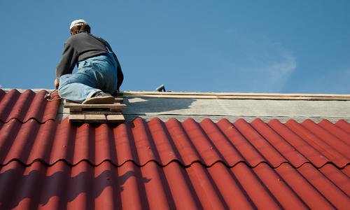 Двускатная крыша из шифера