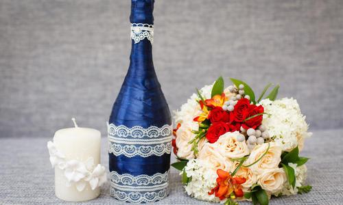 ce1571 Декор бутылок своими руками: вдохновляющие идеи