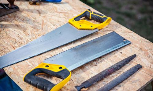 Как самому наточить ножовку по дереву в домашних условиях