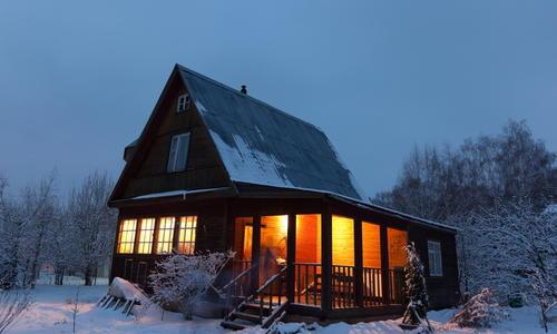 Утепление дома своими руками - идеи наружного и внутреннего утепления 120 фото