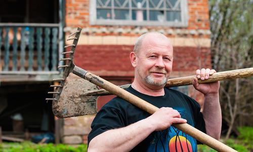 Лопата для рыхления почвы