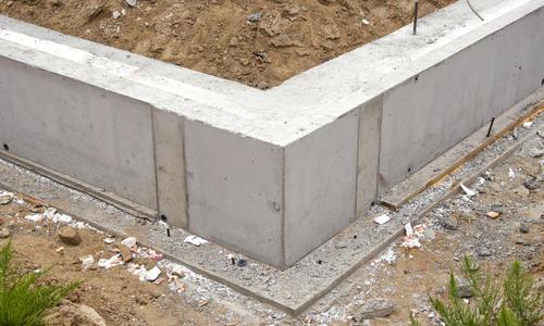 Фундамент на разных грунтах