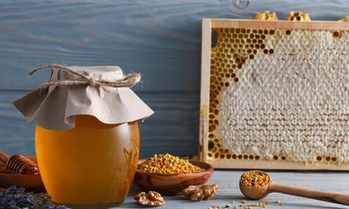 Мед для детей польза и вред