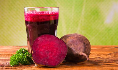 Чем полезен свекольный сок свежевыжатый для организма