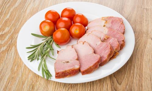 Как пожарить карбонат из свинины сочным