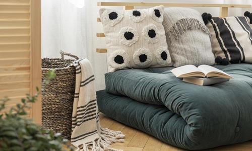 Декоративные подушки своими руками: разные техники, фото