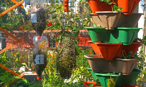 Как посадить клубнику на вертикальной грядке