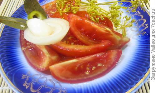 Пикантные помидоры с чесноком на зиму