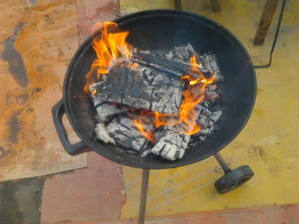 Дровишки горят