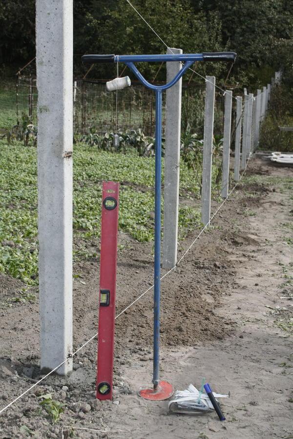 Инструмент для установки столбов