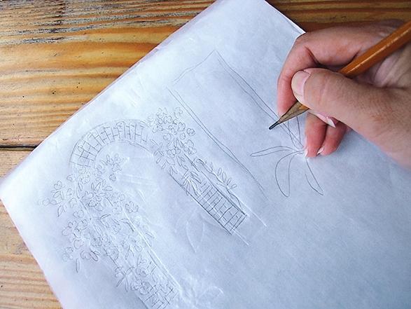 Сделайте объединенный рисунок: положите еще один чистый лист кальки на вашу склейку, обведите карандашом все детали и элементы не только выбранного сюжета, но и садового уголка, в который вы его вписываете.