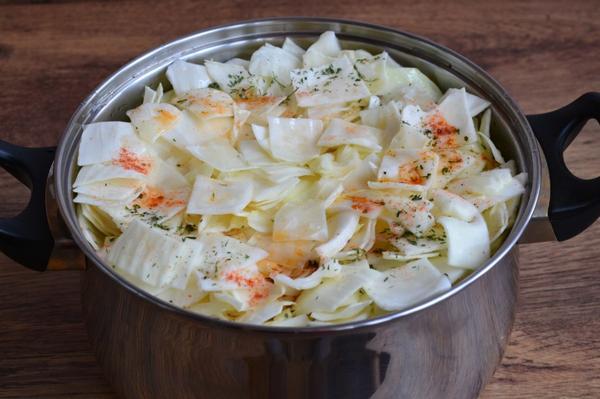 залить капусту