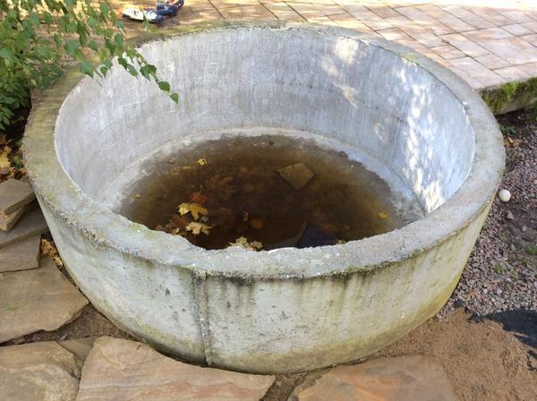 Кольцо герметично, вода от дождя