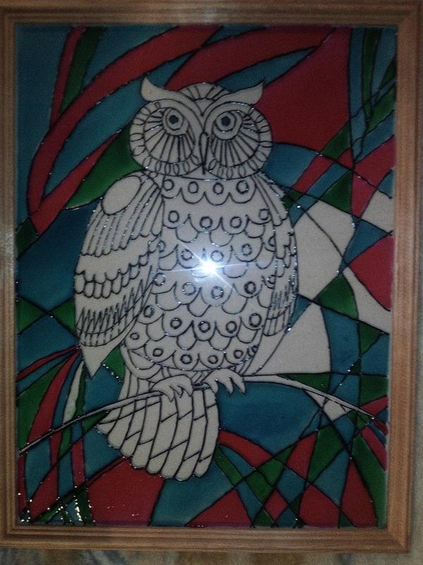 3) Наносим краску. Легче начать с фона и затем перейти к сове.