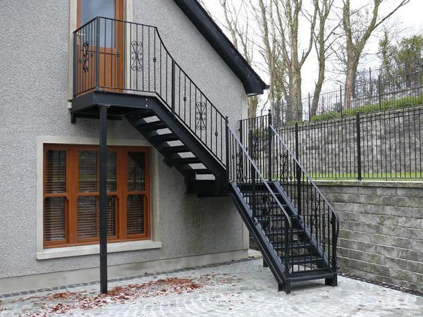 м.б. такую лестницу