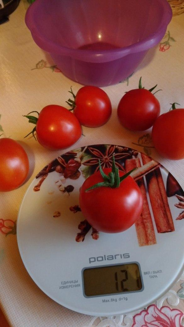 Вес самого большого томатика из шести :121г.До новых встреч.