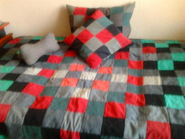 Одеяло и наволочки на подушечки