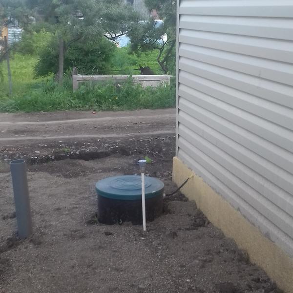 люк автономной канализации