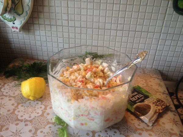 Совсем простой салатик, но; Праздничный; пошаговый рецепт приготовления с фото