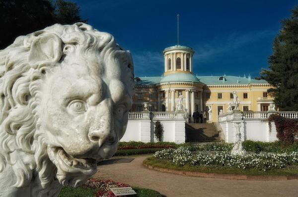 Усадьба Архангельское князей Юсуповых