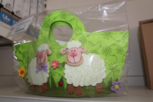 сумочка с овцами