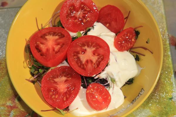 кресс-салат с помидорами