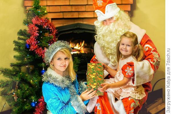 дед мороз и снегурочка в гостях у девочки