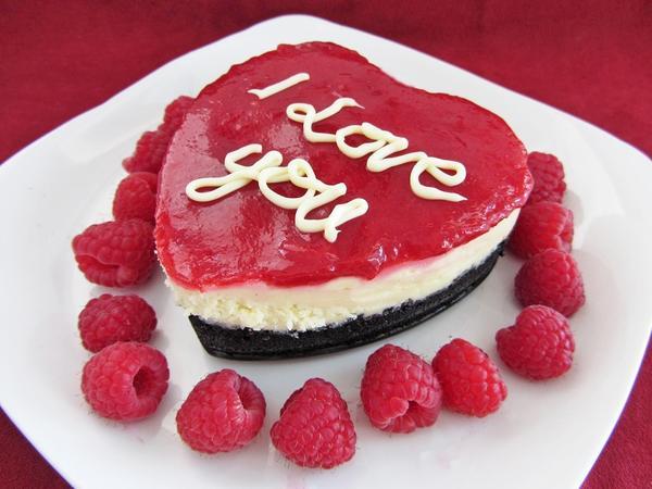 Пирожное на День святого Валентина