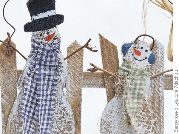 Снеговики для украшения дома и сада