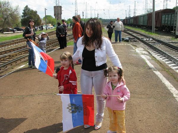 Знакомьтесь, это я и мои дочи:)