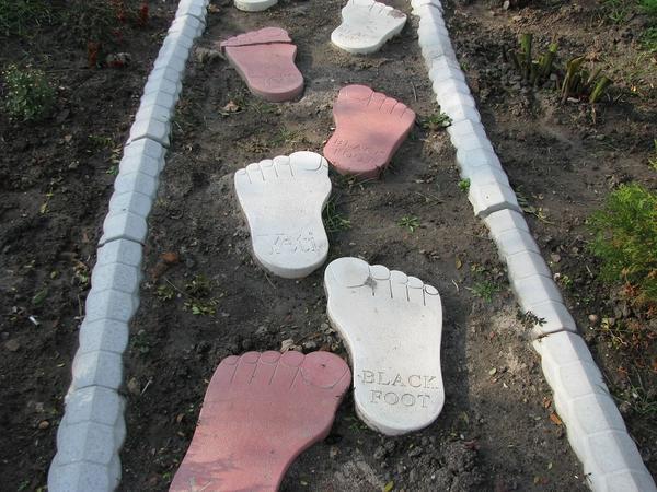Идея для садовой дорожки