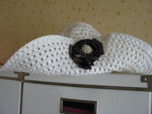 Шляпка не из итальянской соломки