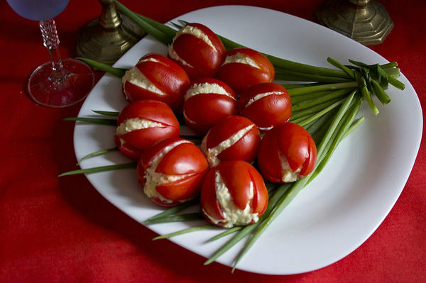Сырный крем-салат Тюльпаны