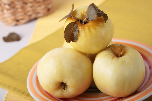 Яблоки моченые пикантные