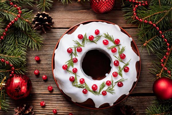 Праздничный пирог должен выглядеть привлекательно
