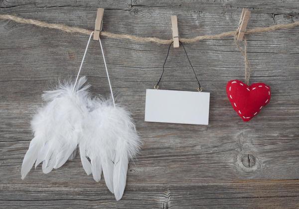 Белоснежные ангельские крылышки
