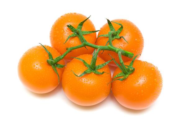 Оранжевые томаты