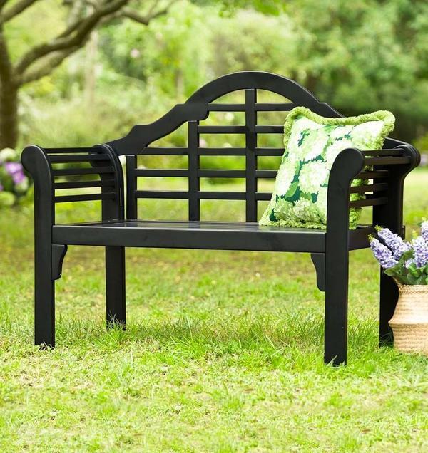 Садовая скамейка из пластика. Фото с сайта jmsi.ru