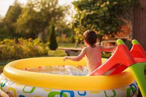 Собственный бассейн - мечта любого ребенка