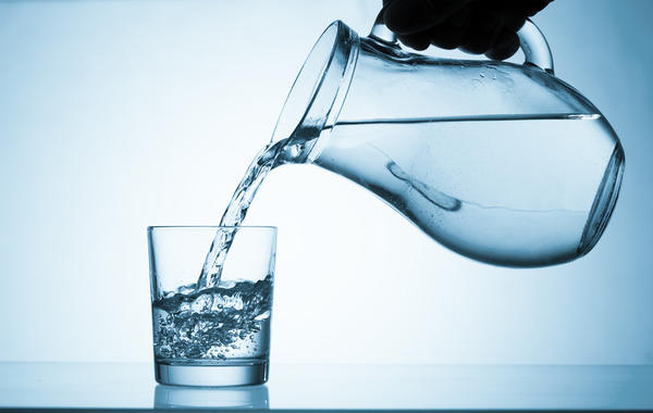 Водой разбавляют густые соки