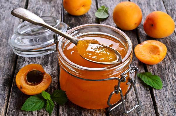 Ароматное желе из абрикосов