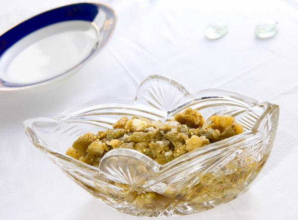 Через 5-6 часов после приготовления закуску можно подавать к столу