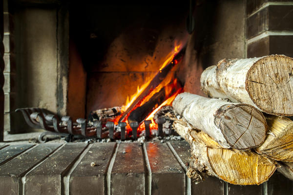 Сухие дрова горят жарче