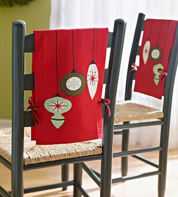 Новогодний декор стульев. Фото с сайта i.pinimg.com